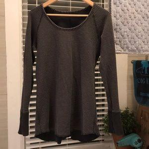 Lululemon reversible sweatshirt size 8 raw edge